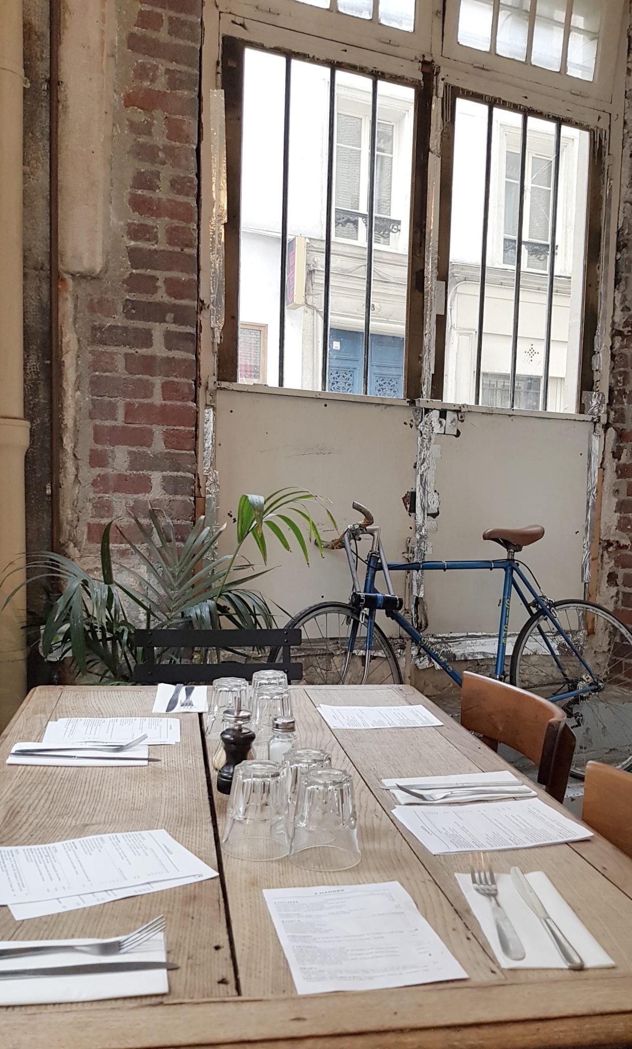 Brunch chez Passage café à Paris 11e